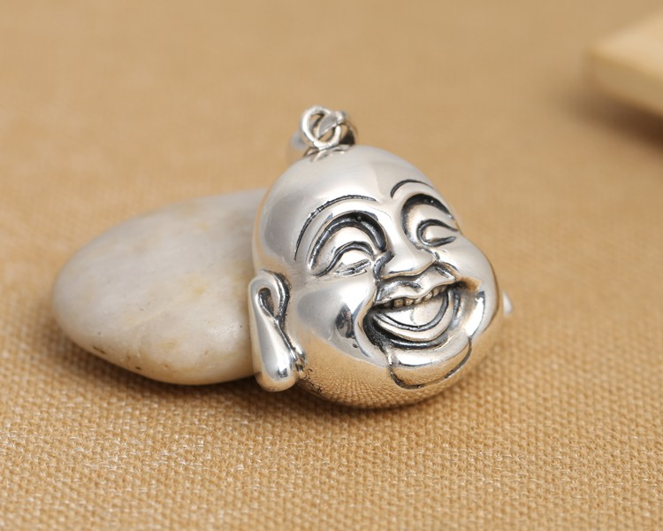 silver-pendant0110a