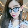 Nueva llegada de colores de lentes de Gafas de Diseñador de la Marca gafas de Moda marco redondo Mujeres Gafas de Sol al por mayor