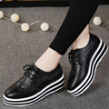 ROEGRE Brogues Women Platform Shoes Ladies PU Leather Lace up Pointed Toe Black White Oxford Creepers Casual Shoes Fashion 2017