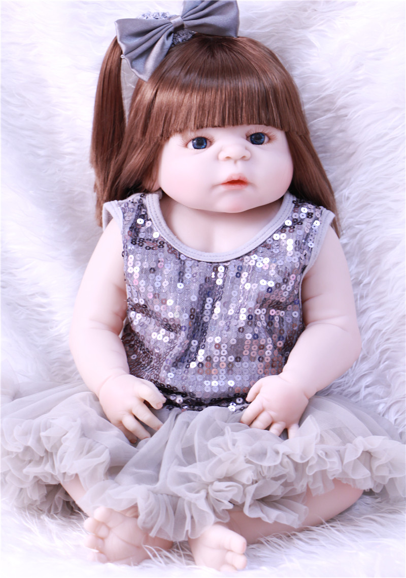 Boneca Bebe Reborn girl Doll 55cm Full Body Silicone Dolls Baby Hand-implanted hair babies toys for girl play house toy gift 53cm full body silicone reborn dolls lifelike newborn babies girl dolls high end reborn dolls bebe gift children toys boneca