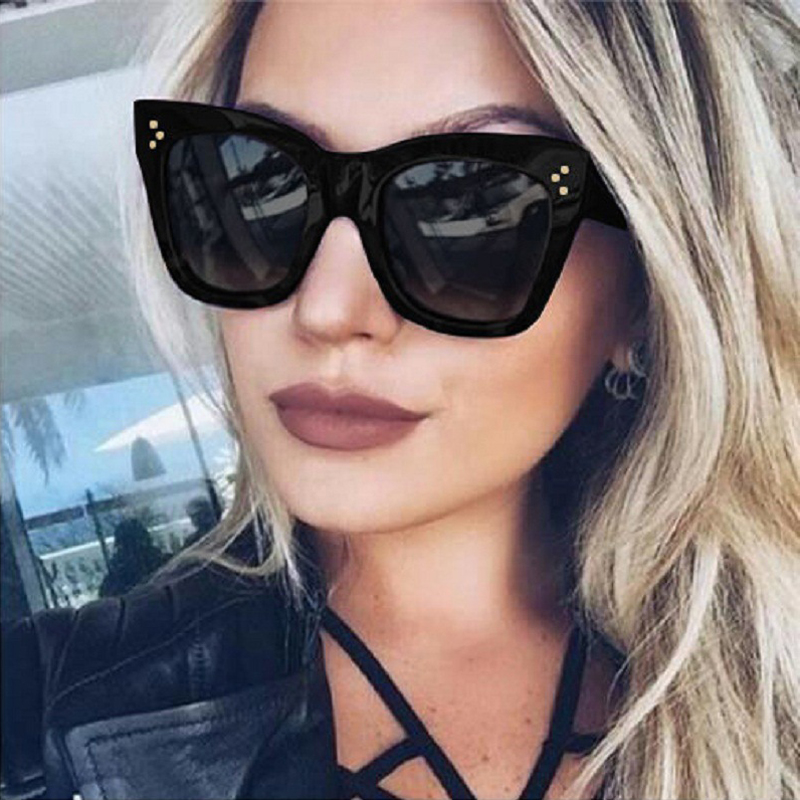 Ladies Vintage Cat Eye Sunglasses Women Brand Gradient Black Design Sun Glasses Retro Rivet Shades Eyewear UV400