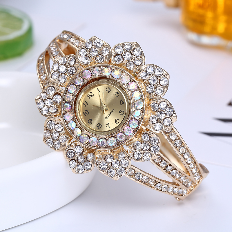 Shsby Rose Gold Jewelry Watches Casual Quartz Bracelet Watch lady flower Rhinestone Clock Women Luxury Crystal Dress Wristwatch