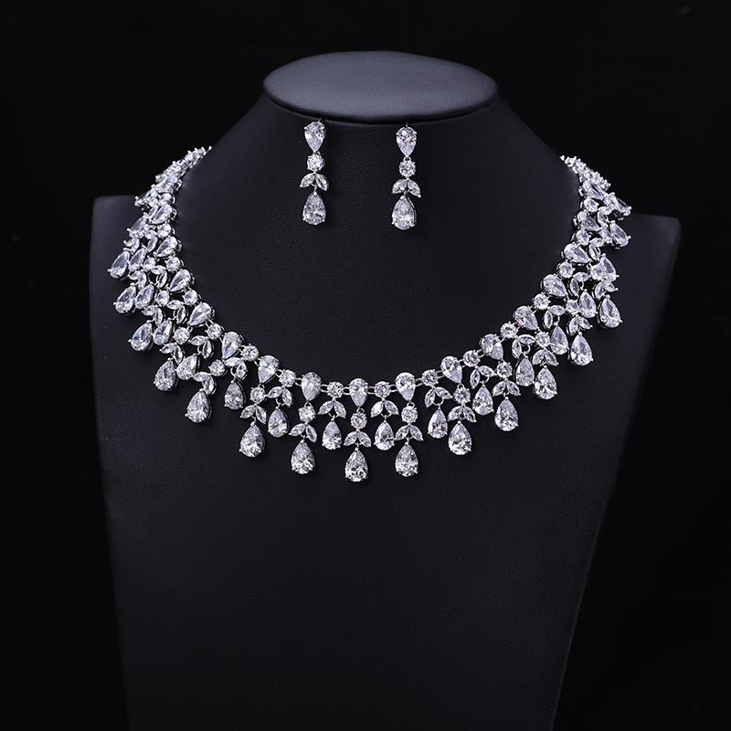 Newest Luxury Sparking Brilliant Cubic Zircon Clear Earrings Necklace Heavy Dinner Jewelry Sst Wedding Bridal Dress Accessories 1 roll pvc material kitchen bathroom wall sealing tape waterproof mold proof adhesive tape 3 2mx2 2cm
