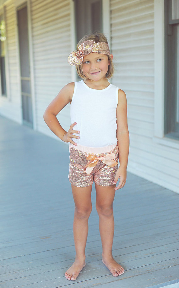 Baby Girl Blush Rose Sequin Shorts Girls Birthday Outfit Sequin Toddler Party Shorts Rose Gold Glittery Sequin Shorts