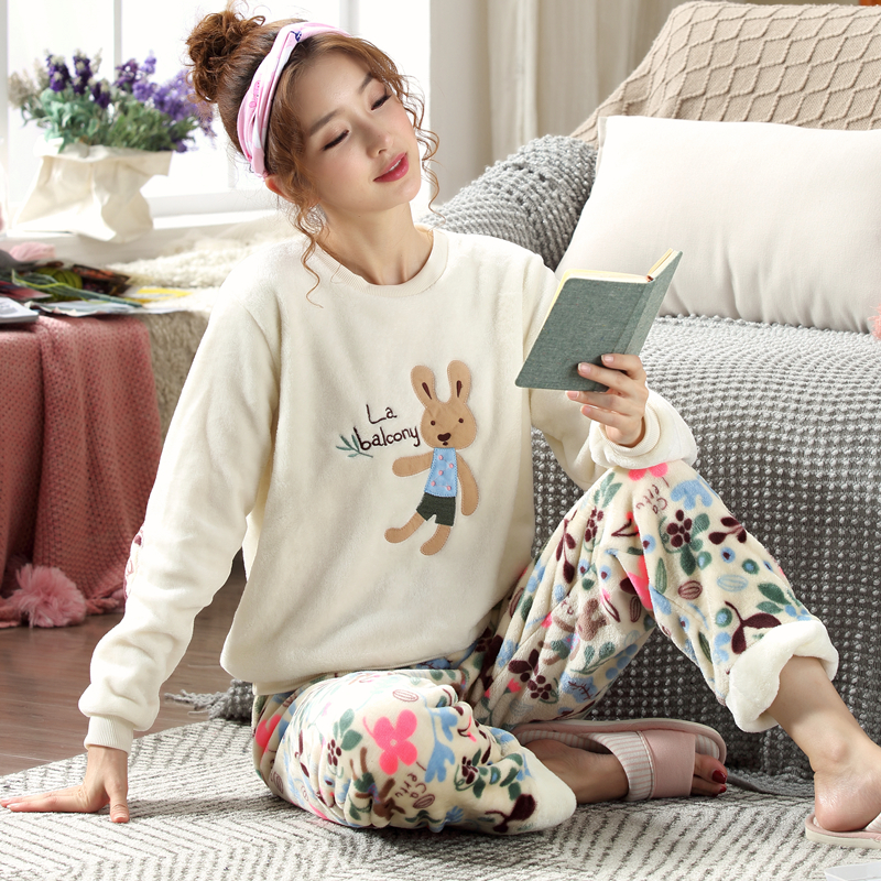 New 2019 Autumn Winter Women Pyjamas Thicken Flannel   Pajama     Sets   Thick Warm Love Pijama Girl Nightgown Sleepwear   Set   Long Pant