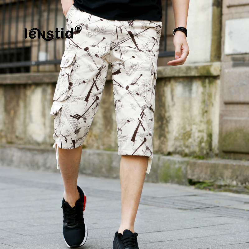 LENSTID New 2018 Men Cargo Shorts Casual Loose Short Pants Direction Sign Pattern Summer Style Knee Length Plus Size 40 42 44