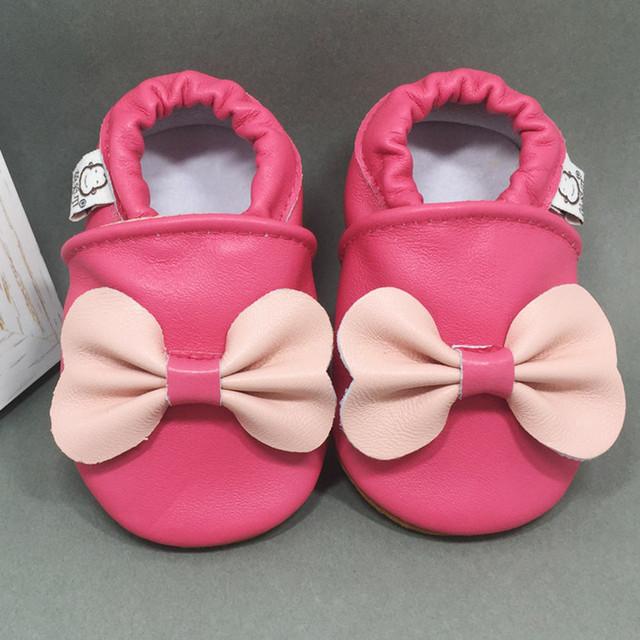 Nuevo Bebé de la Llegada Mocasines de Cuero Genuino Dulce Rosado Del Bebé Primero Caminantes Sedosa Piel De Oveja Zapatos de Bebé Hechos A Mano de Niños Prewalker