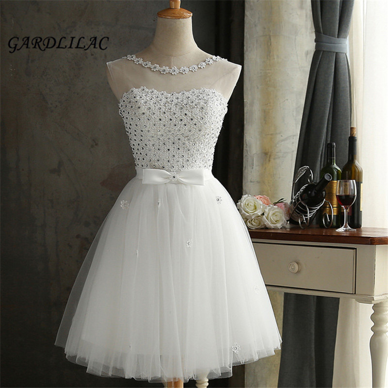 2018 New White Short Bridesmaid Dress Tulle Lace Appliques Knee Length Sash Short Prom Dress Wedding Party Gown Dresses