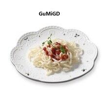 New 2018 White Lace Bone-China Dishes & Plates Round embossed ceramic tableware dessert/fruit /cake plate