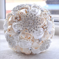 Best Price White Ivory Brooch Bouquet Wedding Bouquet de mariage Polyester Wedding Bouquets Pearl Flowers buque de noiva