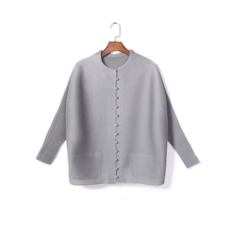 High Fashion Pleated women Coat single-breasted women's long sleeve vintage fold coats Casual Bat Sleeve Women's basic jacket D5