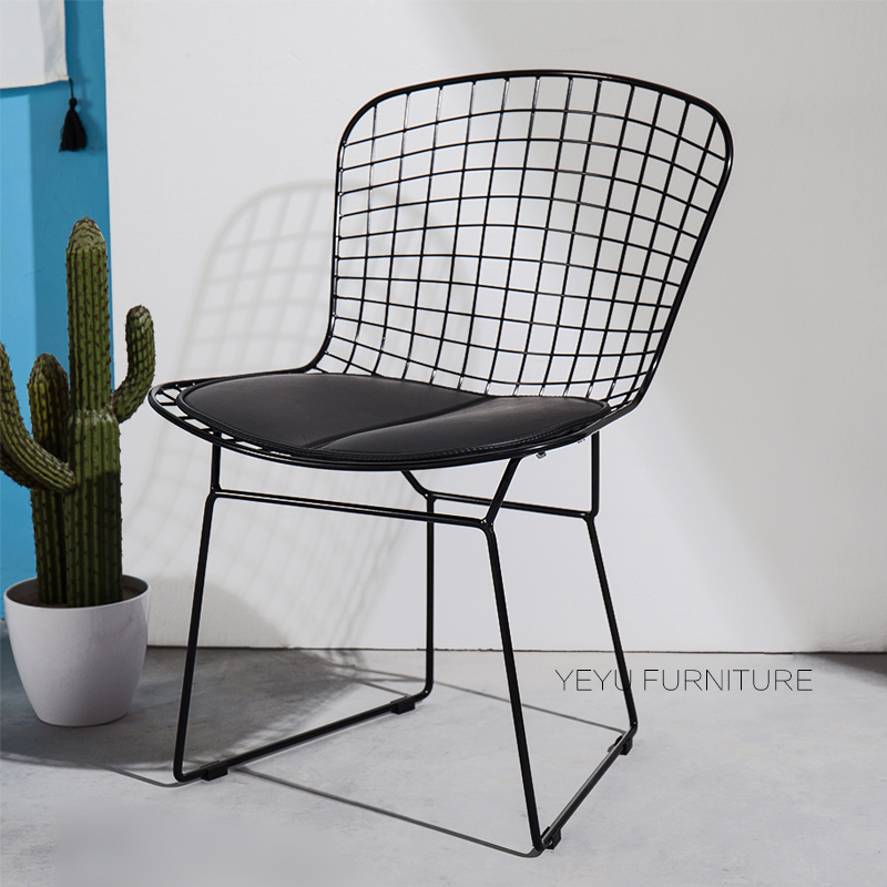 Modern Classic Design Black White Harry Bertoia metal Wire Padded Chair Steel Wire dining Chair Colored Metal Cafe Chair 1PC