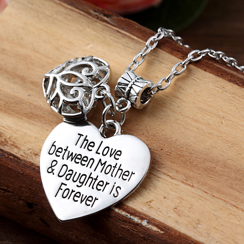HTB1T7mkPVXXXXXOXXXXq6xXFXXXG - 'Mother's Love is Forever' Two Hearts Necklace