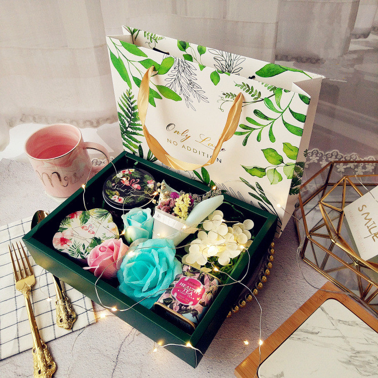 Luxury Wedding gift box Party Favors Candy box Flower Tea gift case Valentine's Day birthday present