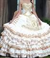 2016 New Arrival Lace Ruffles Em Camadas Bola Vestidos Quinceanera do Querido Com Cristal Baguetes Bordados Doce 16 Anos Vestido