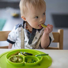 Silicone Baby Infants Ellipse Feeding Food Plate Tray Dishes Food Holder for Baby Toddler Kid Children multi color 2018 New