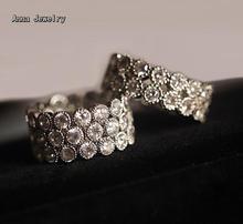 Seductor Sexy Diseñador CZ Diamantes Anillo Exquisito de Acero Inoxidable con Piedras Claras, de Alta Calidad de 3 Filas Zircon Claro Anillo de piedras