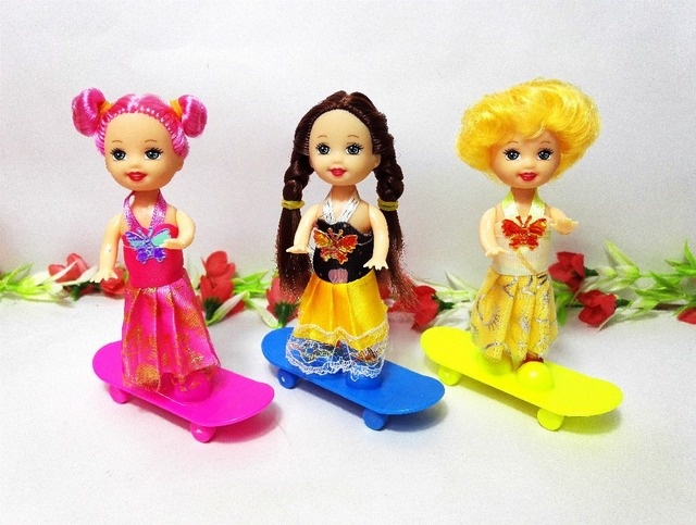 2 pcs Anak Bayi skateboard Mini Mainan untuk Barbie Doll Gadis Hadiah Ulang  Tahun Aksesoris Cocok 3436d57521