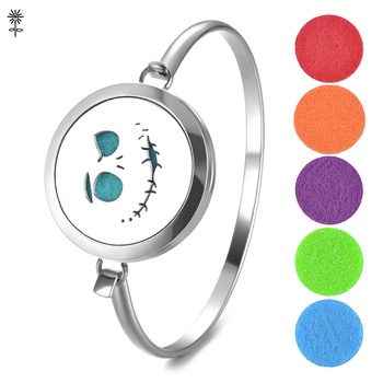 Stainless Steel Essential Oil Diffuser Locket Bangle Bracelet Magnetic Opening with 5 Color Pads VA-725 image