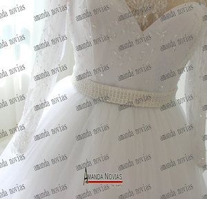Image 4 - オフショルダースリーブ真珠ベルトウェディングドレス白い色顧客注文2018
