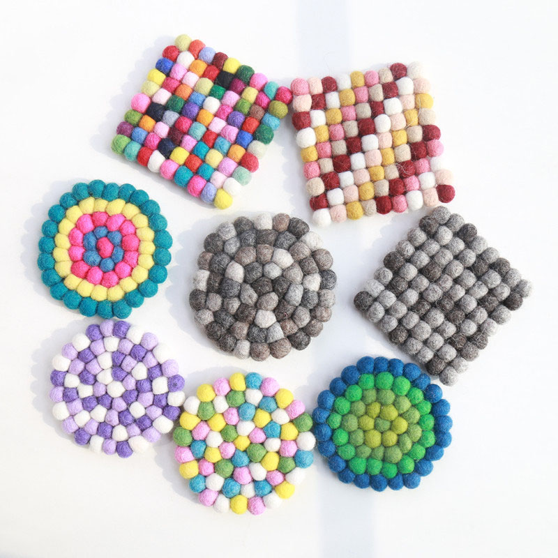2PCS 10*10cm Candy colored particles Mosaic placemat Handmade Wool Felt Ball Trivet Table Heat Resistant Mat Cup Round Coaster
