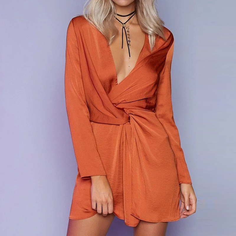 Solid deep v neck summer dress women 2018 spring pink long sleeve cross female short dress party club dresses high quality CD060