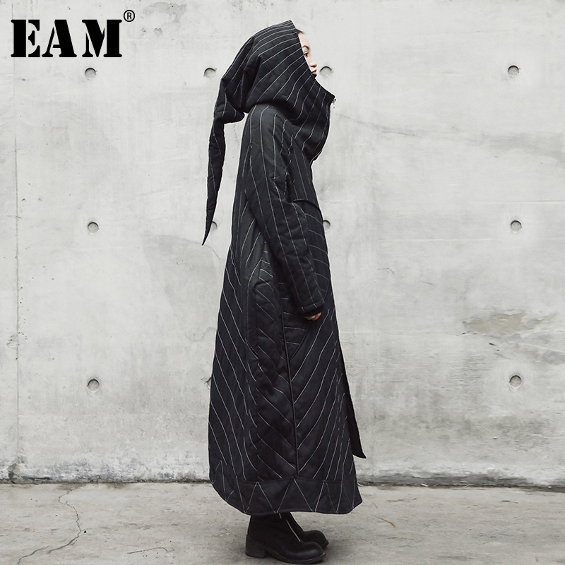EAM 2018 New Autumn Winter Hooded Long Sleeve Black Striped Loose Big Size Solid Color