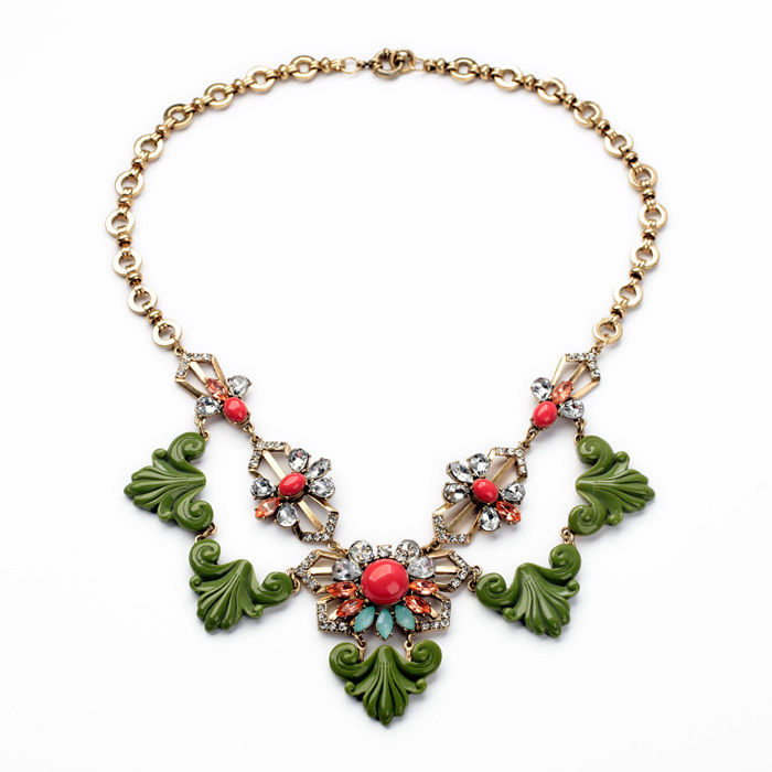 Necklaces New Arrival Fashion Personality Major Suit New Design Jewelry Retro All-match Flowers Fall New Necklace