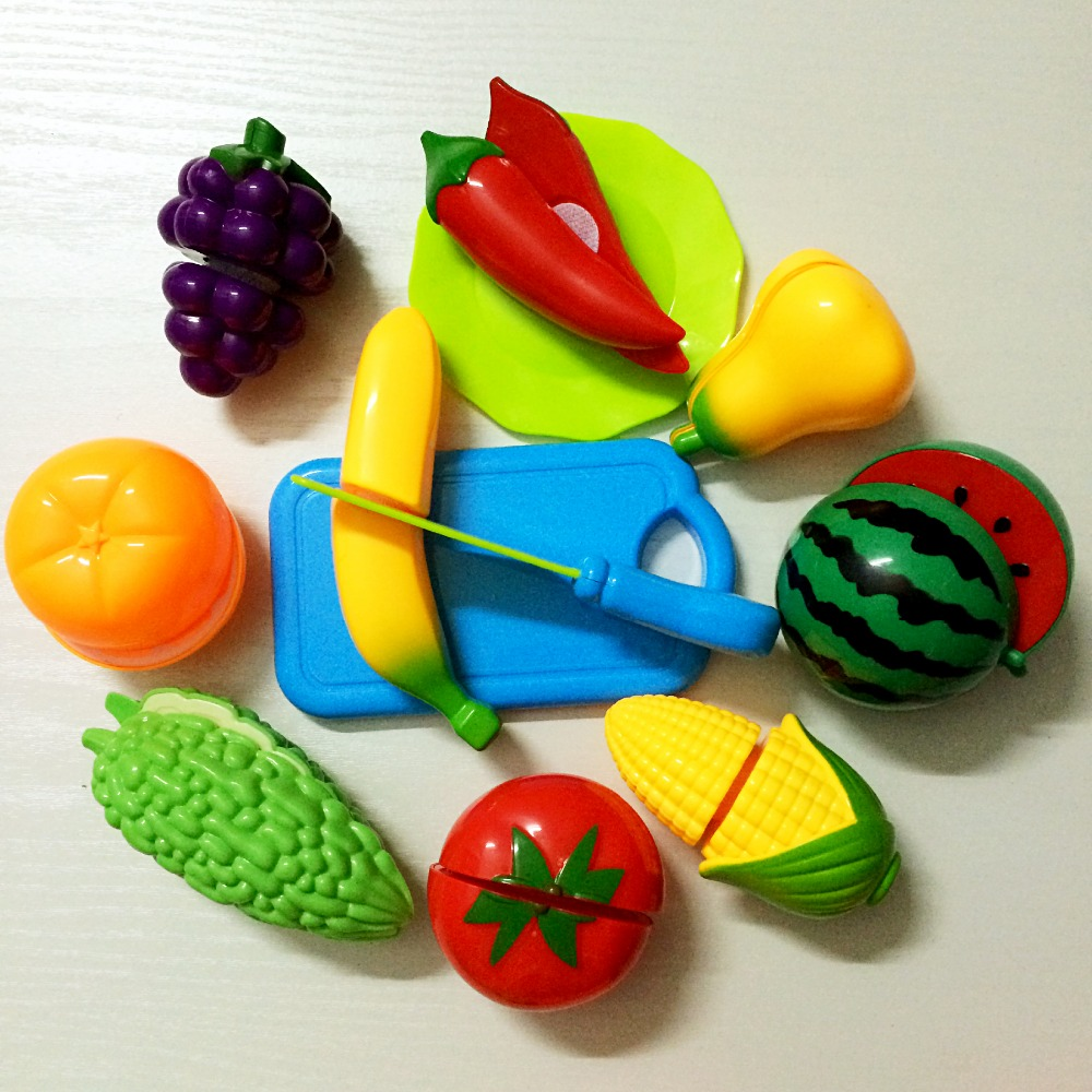 12Pcs Kids Toys Fruit and Vegetables Play Kitchen Food Pretend Cutting Food Toys
