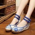 Плюс Размер Голубой Женщины Повседневная Обувь Китайская Традиционная Обувь для Женщин Клинья Обувь Печати Круглым Носком X931 35