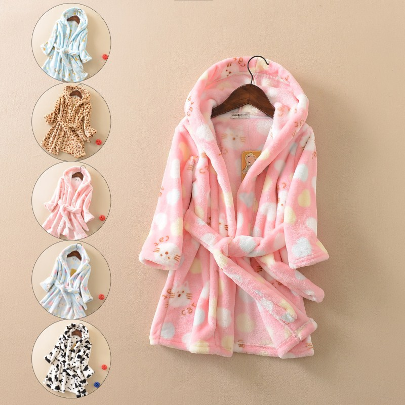 2018 New Male and Female Childrens Cartoon Full Hooded Lace-Up Bathrobe Childrens Flannel Nightgown Fall/Winter Kids Wear