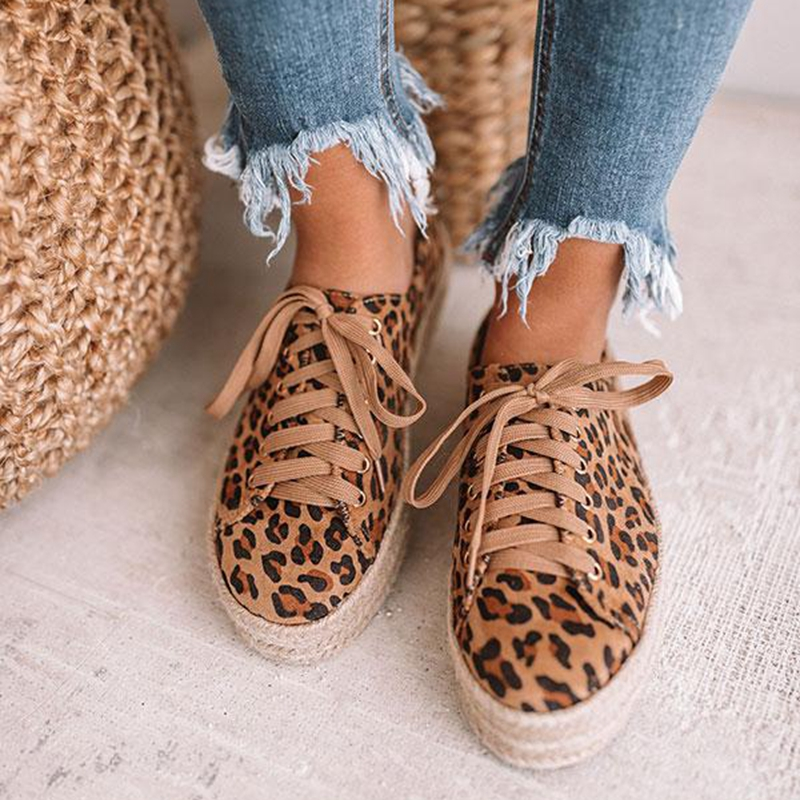 VERTVIE Leopard Women Shoes New Lace-Up Casual Canvas Platform Shoes Woman Sneaker Comfort Women Flats zapatos de mujer 2019VERTVIE Leopard Women Shoes New Lace-Up Casual Canvas Platform Shoes Woman Sneaker Comfort Women Flats zapatos de mujer 2019