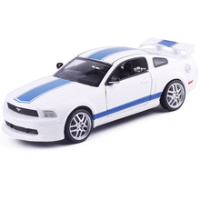 High simulation Mustang car 1 32 scale Alloy pull back car model 2 open doors sound