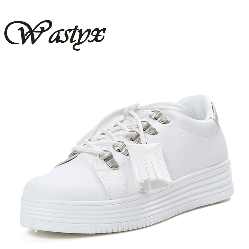 Fashion ladies casual shoes woman lace up small white shoes women flats round toe fringe footwear metal decoration zapatos mujer 2017 new women shoes genuine leather casual shoes flats breathable lace up soft fashion brand shoes comfortable round toe white