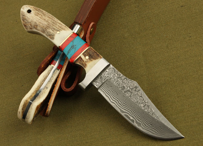 Damascus fixed blade hunting knife Deer horn Double color handle tactical Straight knife with sheath germany wide damascus corrugated hunting tactical knife wootz steel survival knives fixed blade knife horn handle 1996