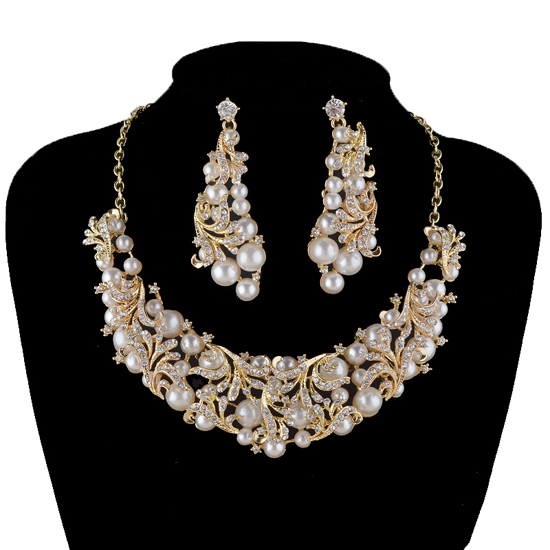 Fashion korean pearl necklace earrings bridal jewelry sets for Costume jewelry for evening gowns