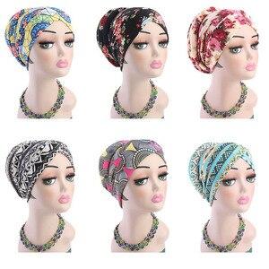 Image 1 - Müslüman kadınlar baskı pamuk sünger çapraz türban şapka kanser kemoterapi kemo kasketleri Caps Headwrap saç dökülmesi kapak aksesuarları