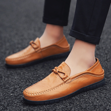 2018 new Men Casual Shoes Fashion Leather Shoes for Men Summer High Quality Men's Flat loafers Shoes male lazy shoe  5 цены онлайн