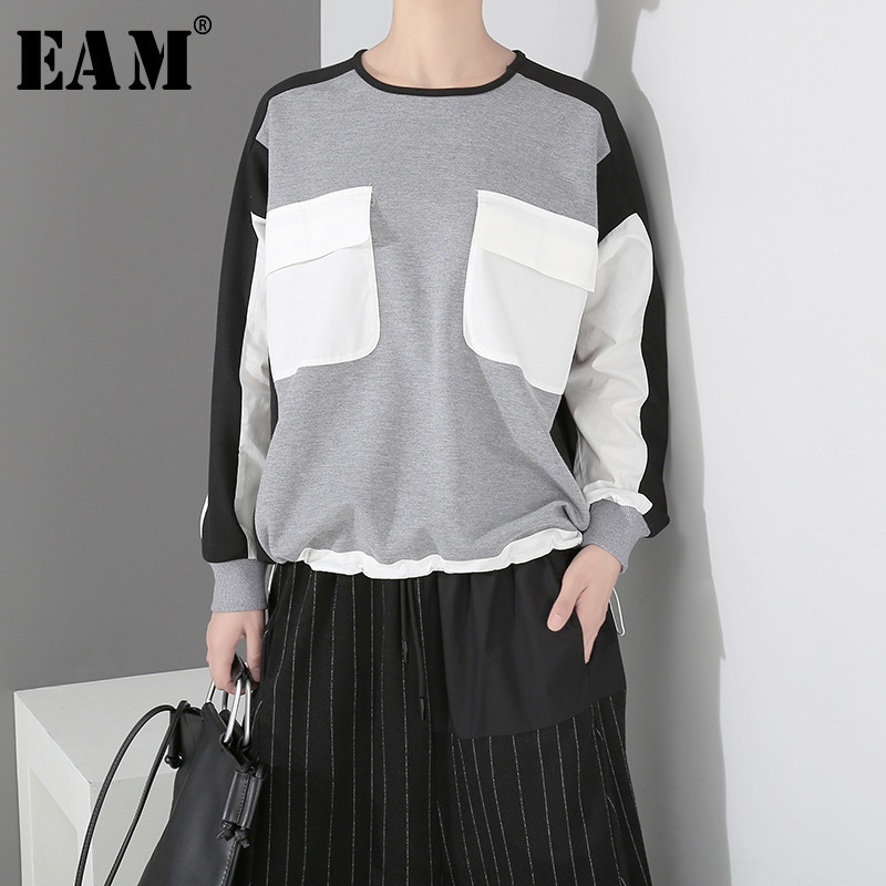 [EAM] 2020 New Spring Round Neck Long Sleeve Black Hit Color Big Pocket Stitching Loose Big Size Sweatshirt Women Fashion JH367
