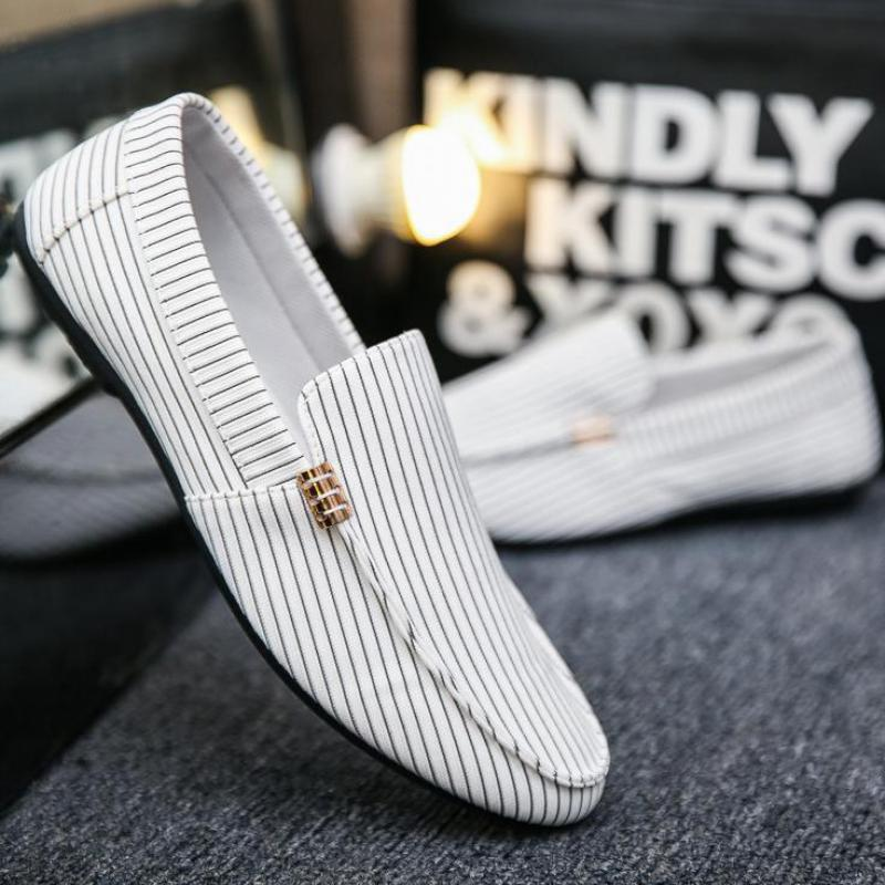38~46 Plus Size Men Canvas Shoes Black White Stripe Mens Slip On Loafers Casual Driving Shoes Breathable Lightweight Espadrilles