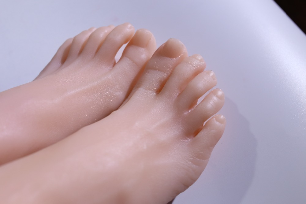 Superior quality products in line foot fetish, False for seeing Toys, fetish, realistic female feet, silicone foot model silicone female fake foot feet model for men 36 yard shoe model foot fetish sex toys drop shipping