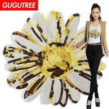 GUGUTREE embroidery Sequins big chrysanthemum patches flower badges applique for clothing XC-452