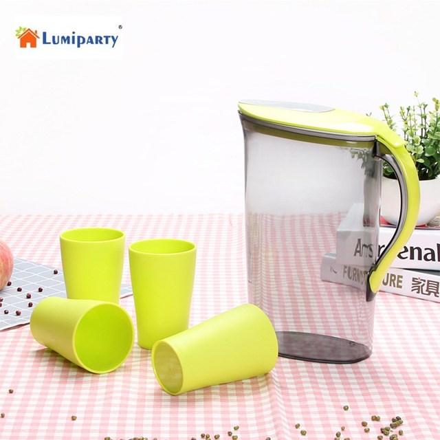 lumiparty 2 1 litre d 39 eau pichet avec couvercle vert de jus en plastique cruche d 39 eau pot. Black Bedroom Furniture Sets. Home Design Ideas