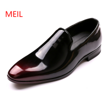 цены Mens Shoes Men Brand Designer Shine Pointed Metal Buckle Formal Shoes Male Homecoming Dress Wedding Prom Sapato Social Masculino