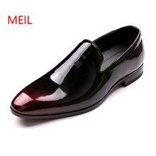 935225502 Mens Sapatos de Marca Homens Designer de Brilho Apontou Fivela De Metal Sapatos  Formal Masculino do Regresso A Casa Vestido de B..