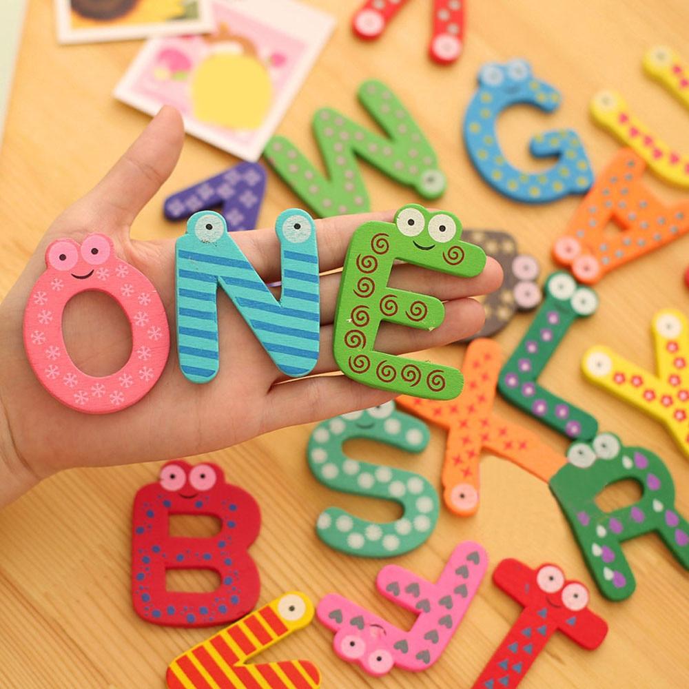 26 Letters Houten Cartoon Magneet Kind Baby Educatief Speelgoed Sticker Speelgoed Voor Kinderen Engels Alfabet Koelkast Sticker Levendig En Geweldig In Stijl