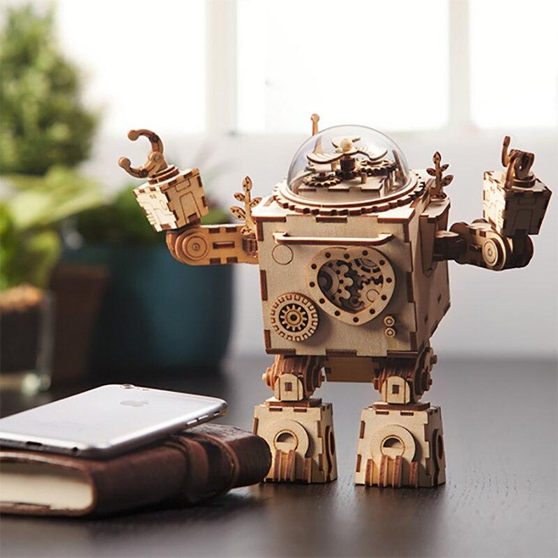 Robotime FAI DA TE di Azione e di Toy Figura Steampunk Girevole Robot di Legno Clockwork Music Box Regali Perfetti Per Gli Amici Dei Bambini AM601