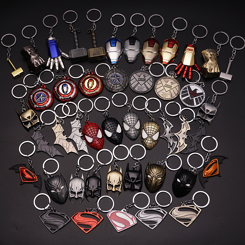 The Avengers Captain America Shield Spiderman Batman Keychain Toy Superhero Hulk Iron Man Marvel Jewelry Metal Pendant Keychains