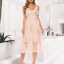 цена на Elegant flower embroidery women dress V-neck spaghetti strap lining ladies party dress A-line high waist summer dress