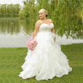 2017 In Stock Corset Wedding Dresses Ivory White Robe de Mariee Organza Beaded Ruffled Plus Size Cheap Bridal Gowns